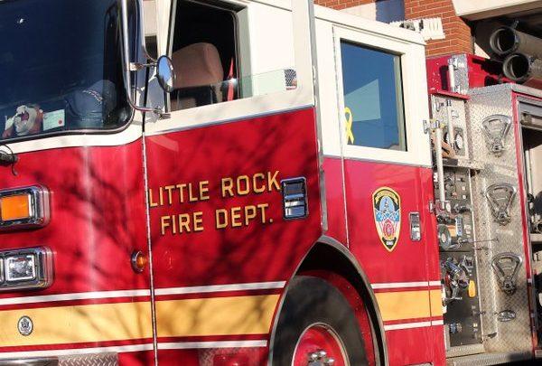 Fiery wreck kills 2 in BMW in Little Rock