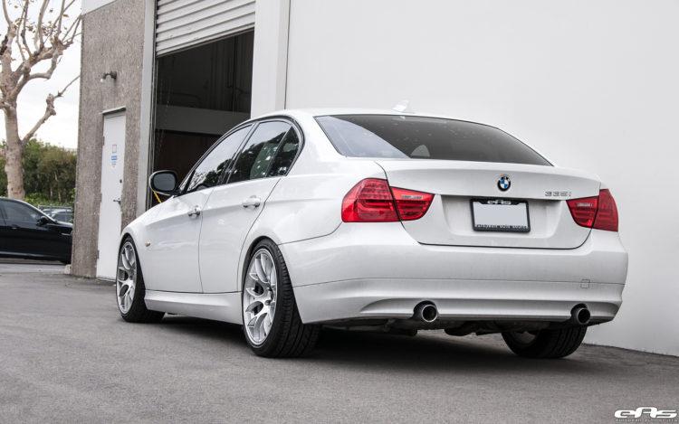 Alpine White BMW E90 335i Gets A Set Of Aftermarket Wheels 11 750x469