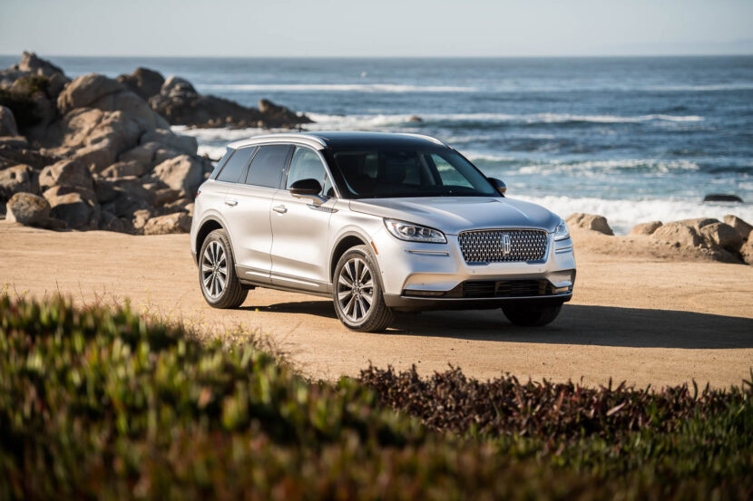 Can the New Lincoln Corsair take on the BMW X3?