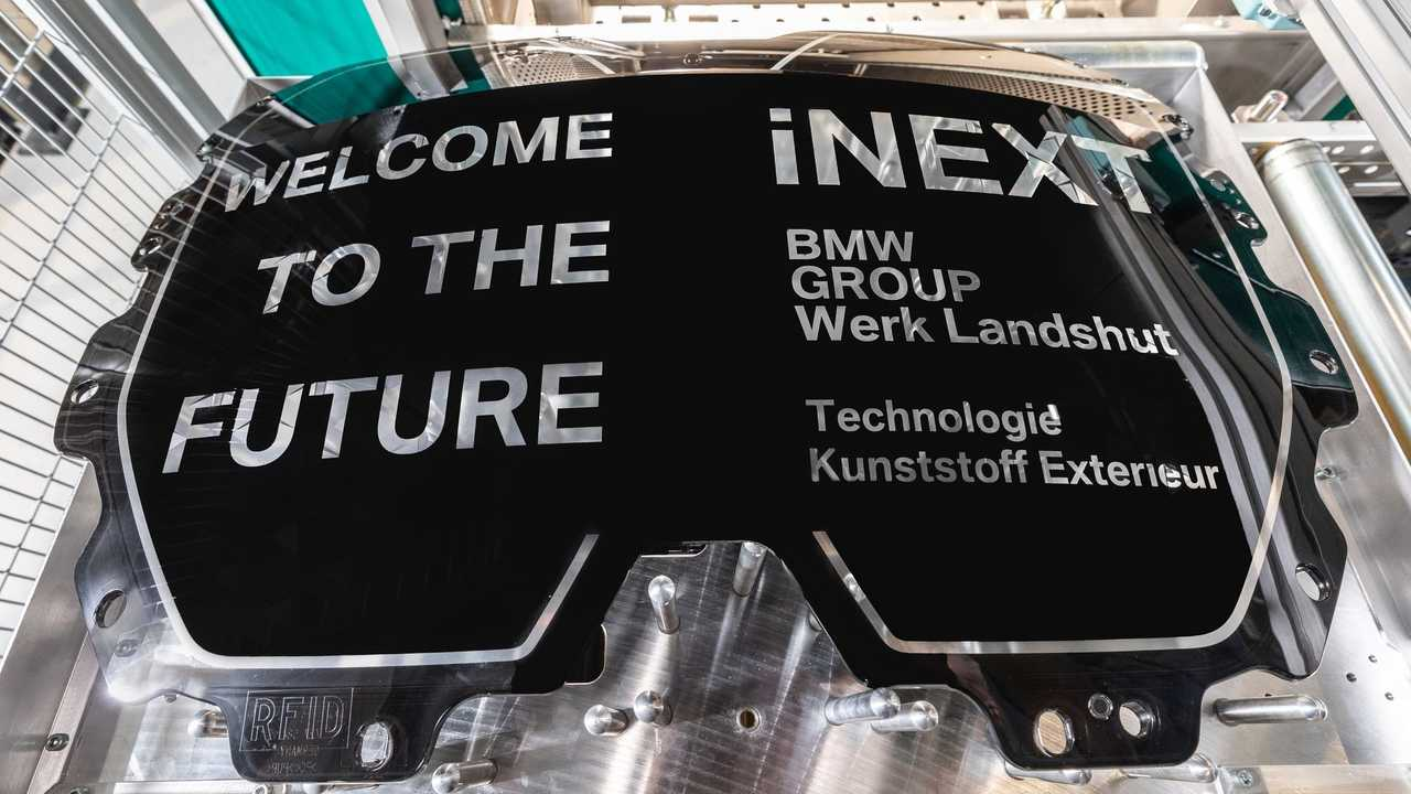 Production of high-tech components for the BMW iNEXT starts in Landshut